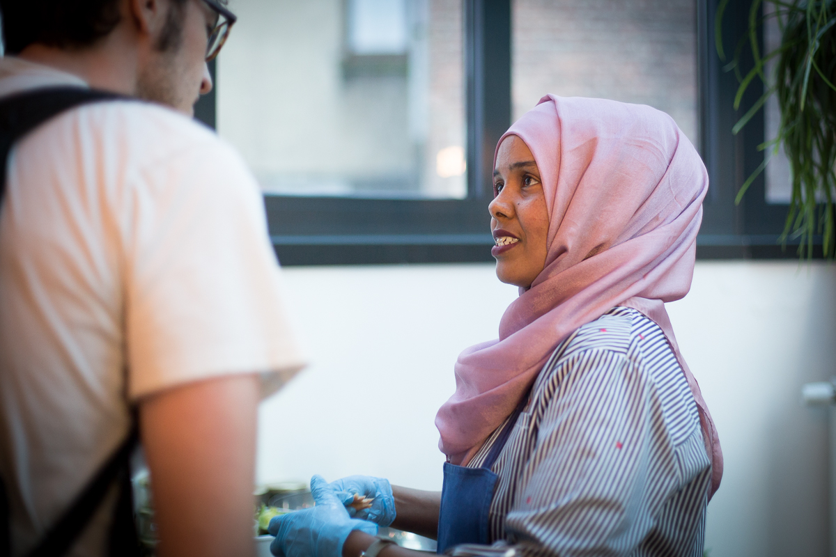 Somali refugee chef Ifrah at Restaurant Les Filles - BeaUhart