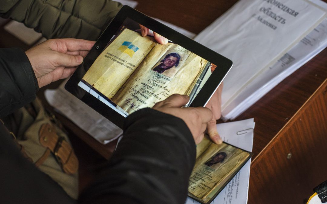 Two Flyers – One Message:                      UNHCR and Digital Identity