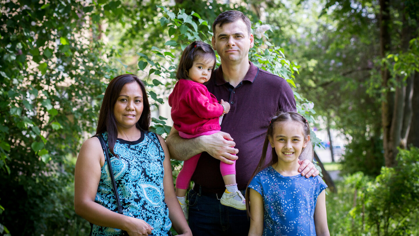 Rudi and Tessie with family
