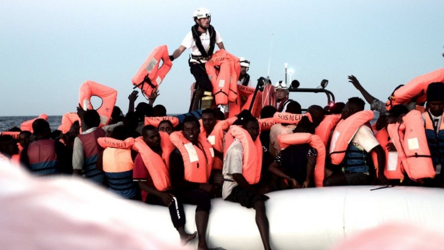 UN High Commissioner for Refugees welcomes Spain's decision to allow Aquarius to dock