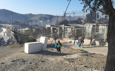 UNHCR offers support as large fire destroys asylum center in Moria
