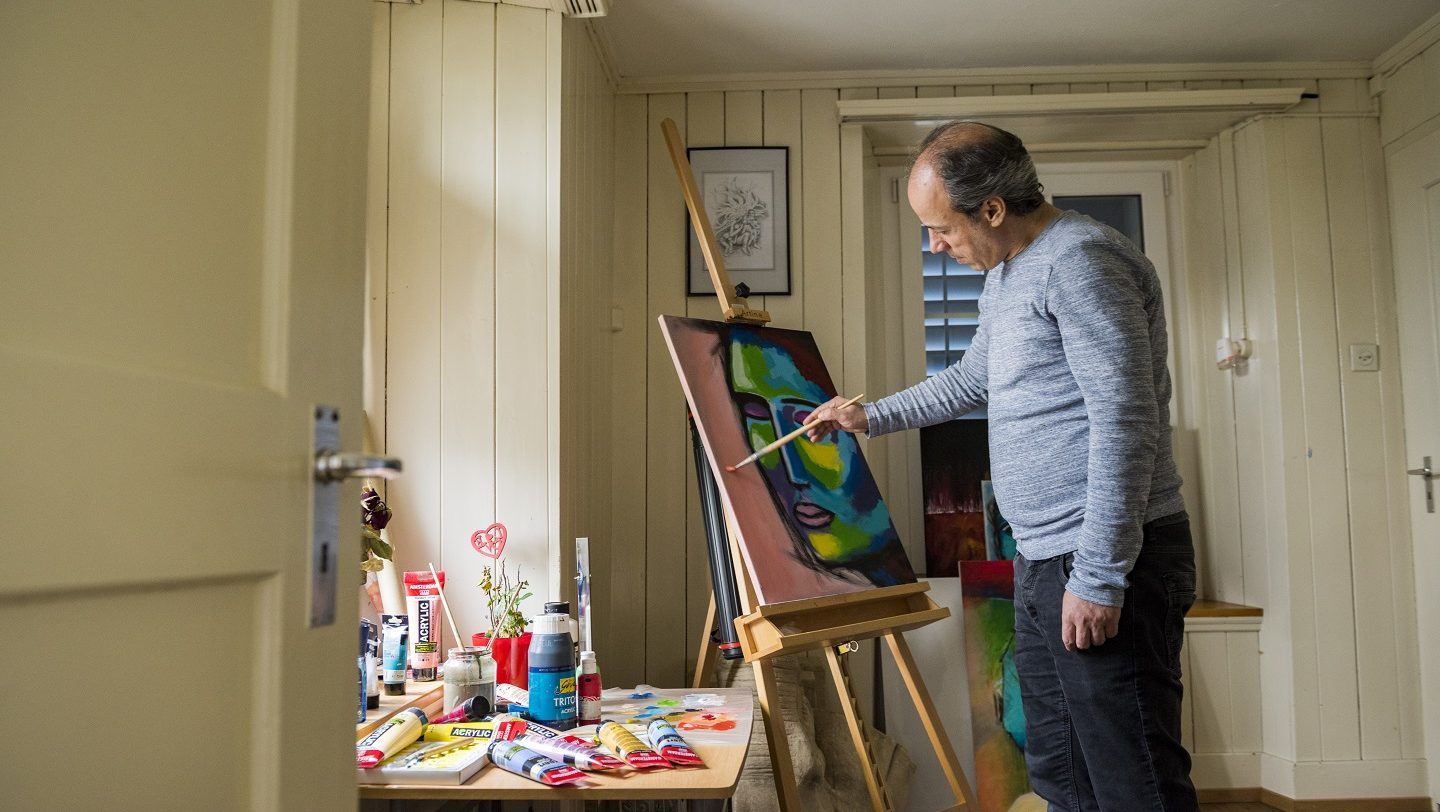 Switzerland. Syrian artist finds a haven thanks to resettlement