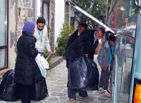 UNHCR is moving out of overcrowded Moria elderly and vulnerable to minimize public health risks