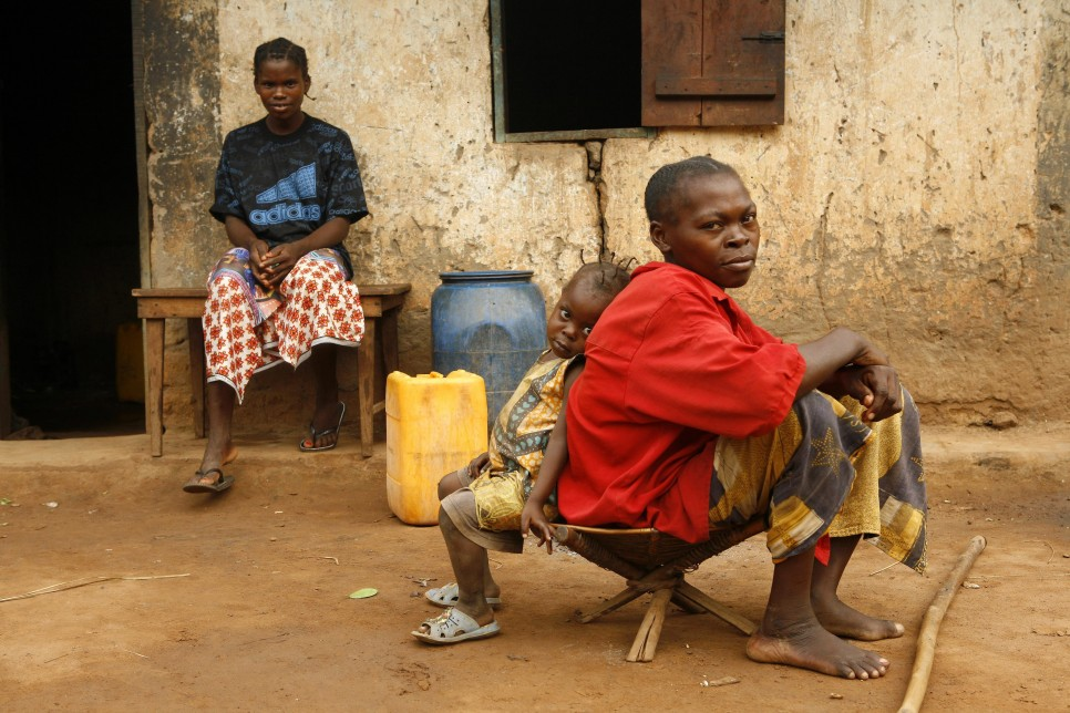 These people were internally displaced in Central African Republic in an earlier outbreak of fighting.© UNHCR/H.Caux