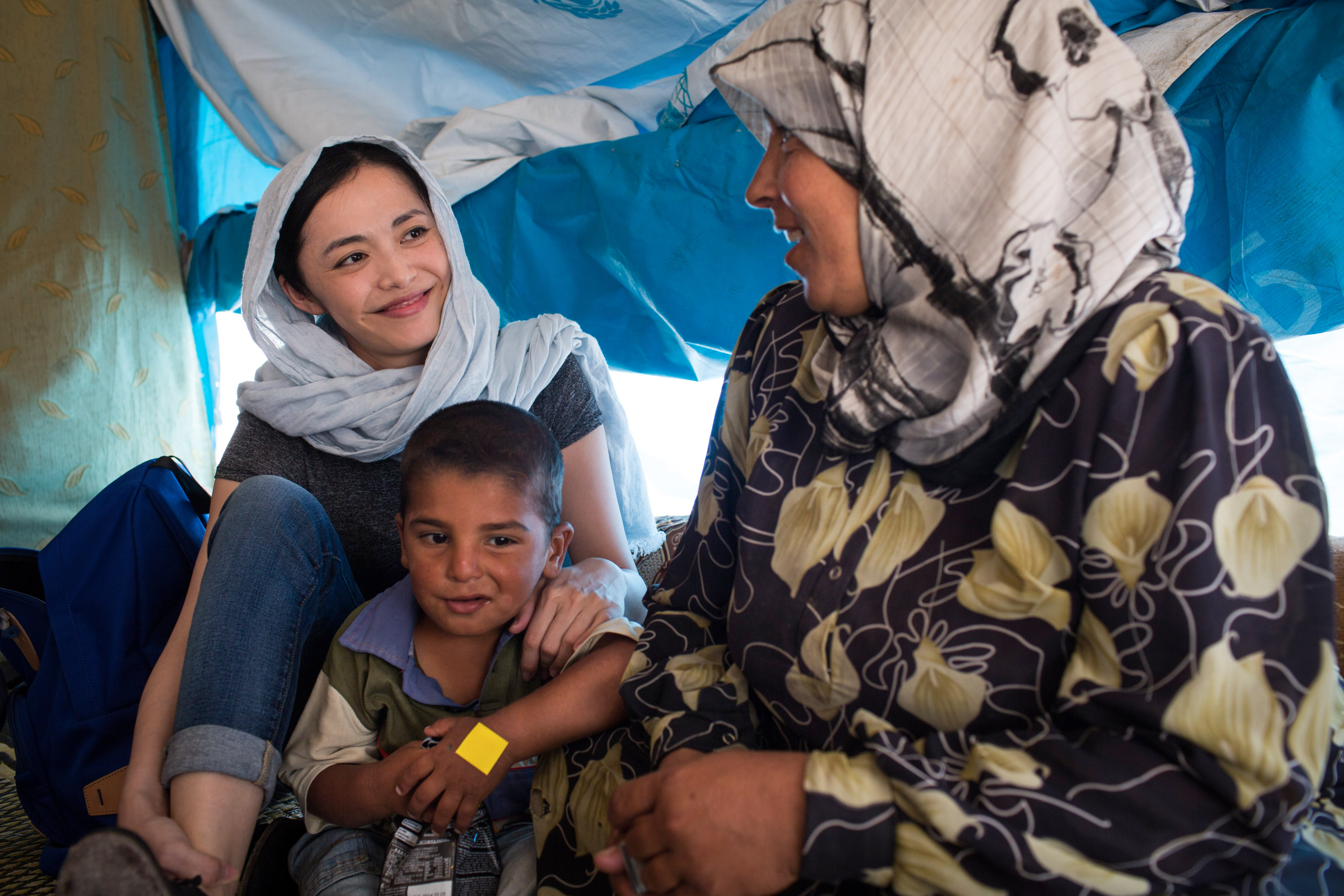 Lebanon / Syrian Refugees / Chinese actress Yao Shen meets Syrian refugees at a collective shelter in Tyre, Lebanon, on Tuesday, May 20, 2014. / UNHCR / A. McConnell / May 2014
