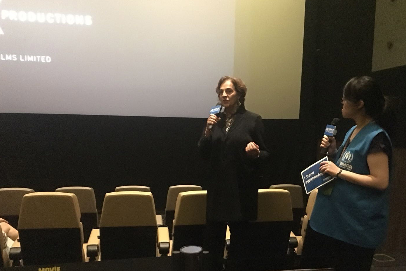 Director Ros Horin shared behind-the-scenes stories at the Q&A session after the closing screening.