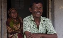 Bangladesh: A farmer opens his farm and his heart to hundreds of Rohingya refugees