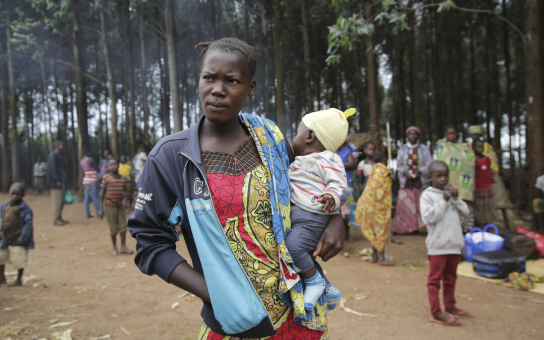 Forced displacement passes 80 million by mid-2020 as COVID-19 tests refugee protection globally
