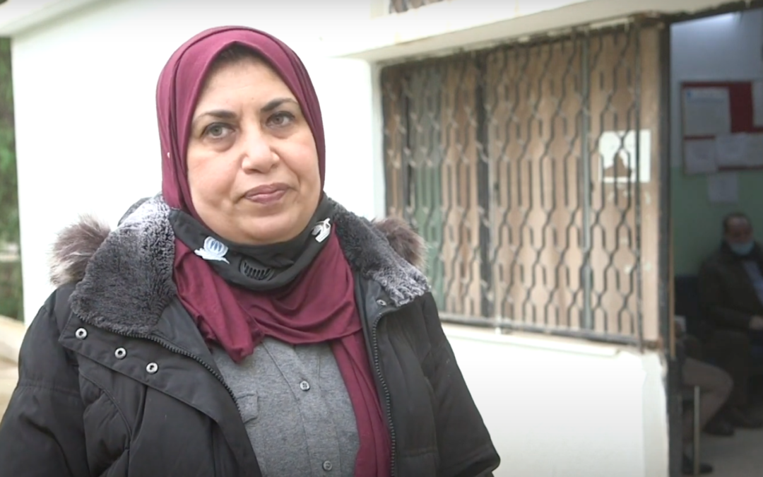 Iraqi couple among world's first refugees to get COVID-19 jab