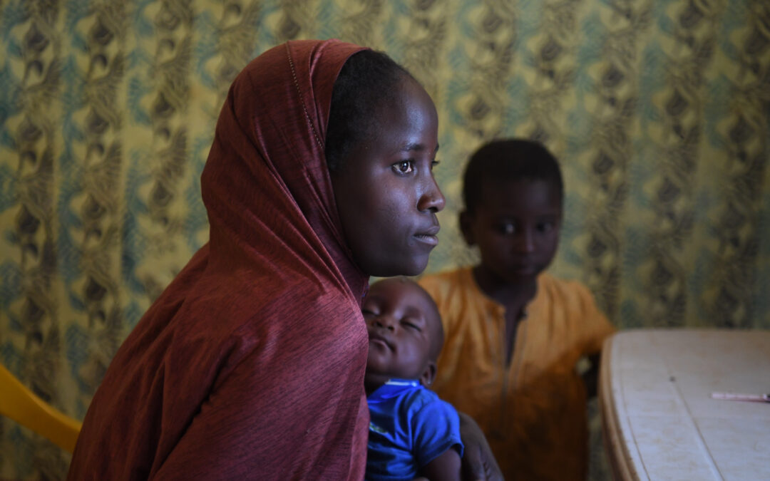 Thousands of Central Africans seek refuge in Cameroon