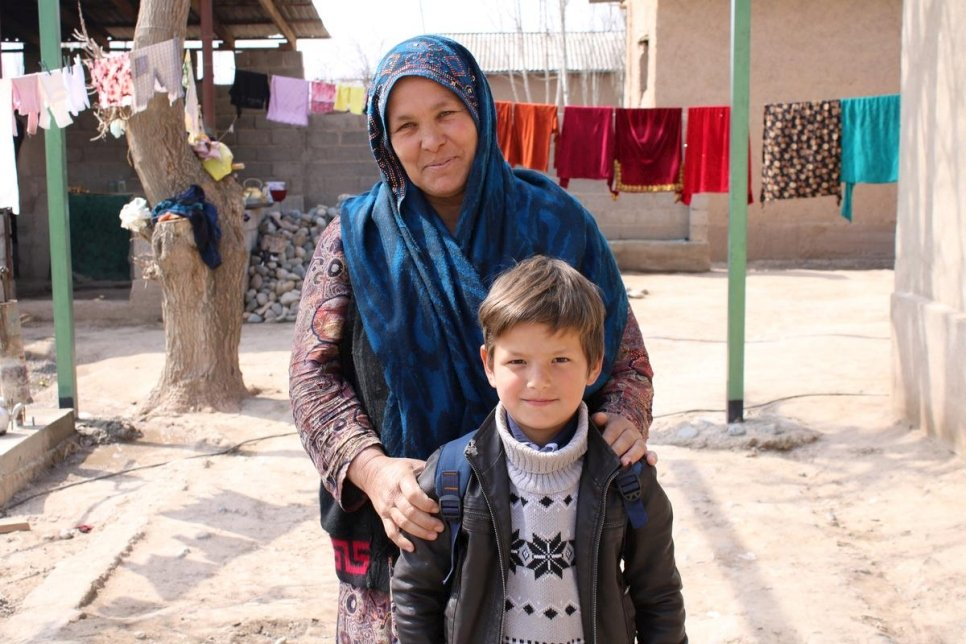 UNHCR welcomes Tajikistan's new law tackling statelessness