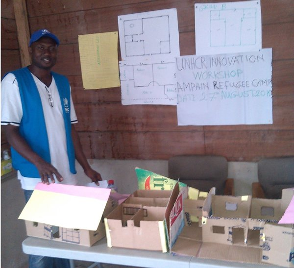 Innovation Fellow Yusif holds a brainstorming workshop with refugees in Ghana.