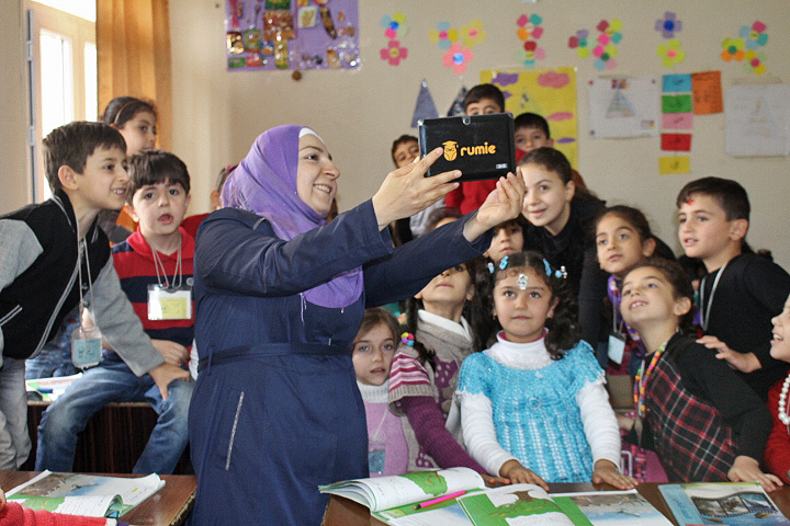 Rumie Tablets being used at the Al-Salam School in a Syrian refugee camp