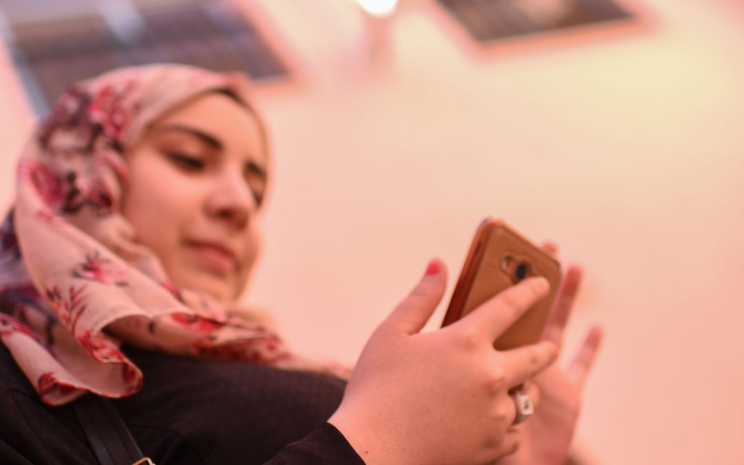 Internet and Mobile Connectivity for Refugees – Leaving No One Behind