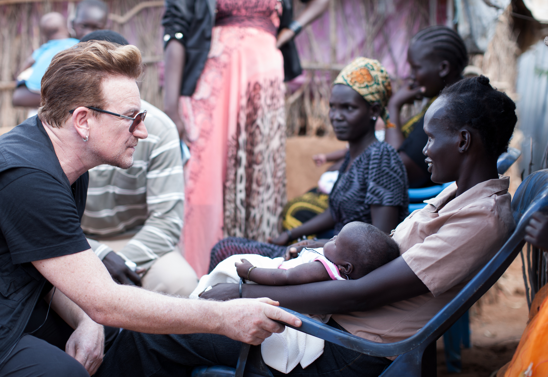 Bono Discusses Possible Solutions for Dadaab