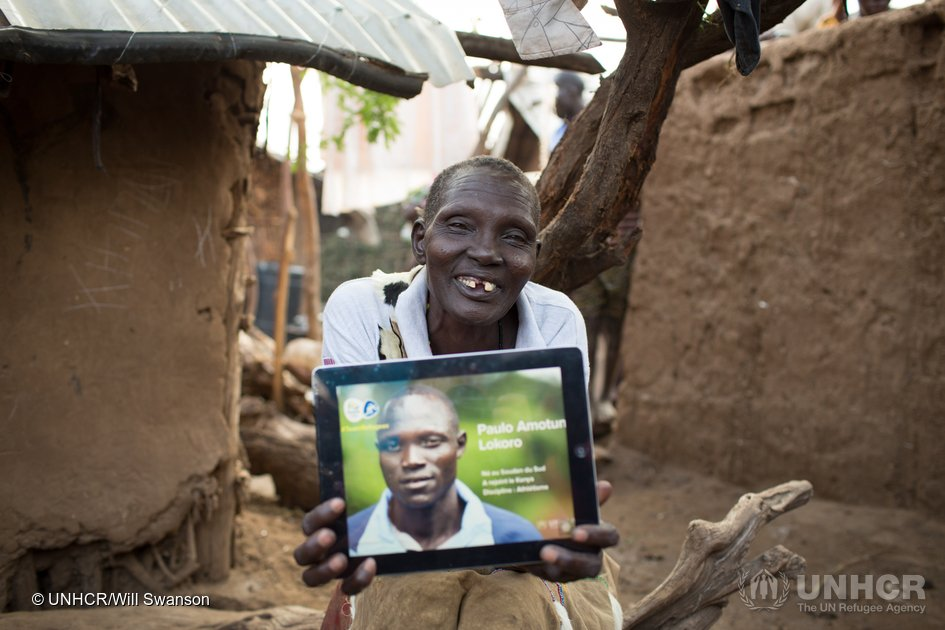 Paulo's mother sends a message from Kakuma to Rio
