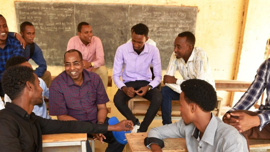 UNHCR Special Envoy for the Horn of Africa motivates youth desperate for higher education in Dadaab