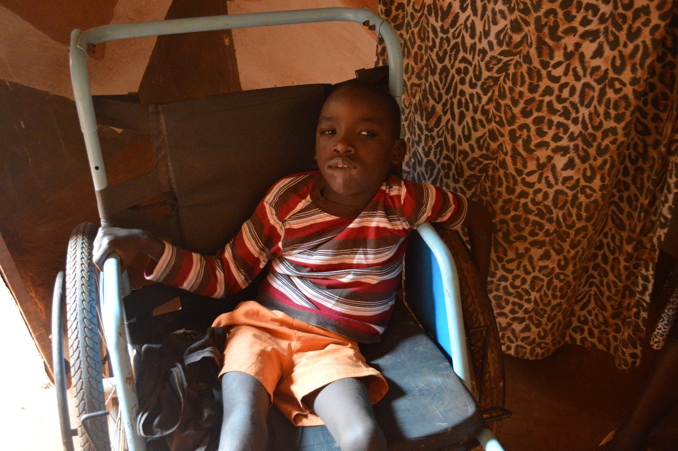 With funding from the Government of Finland and assistance from UNHCR, 9 year-old Gad now has access to a wheelchair which allows him to play with other children outside and feel included in society.