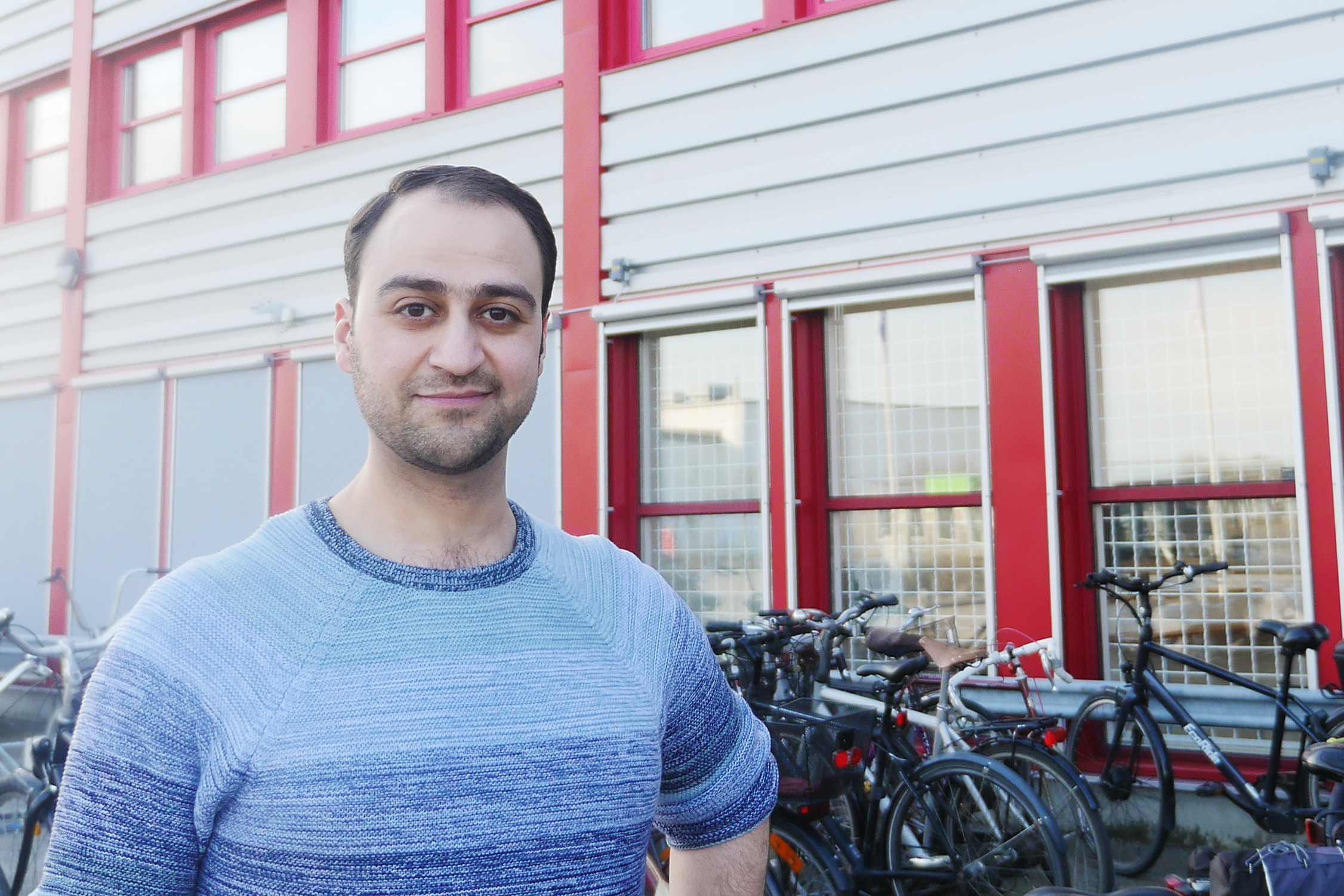 How do you say servo-valve in Swedish? Basel's phrasebook helps refugee engineers