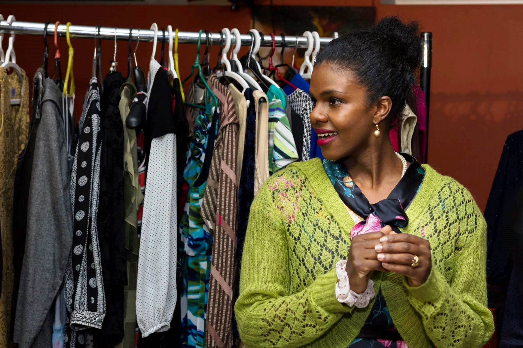 Ethiopian refugee shares her passion for dresses with Lithuanian women