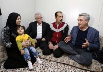 Grandi heads to 'frontline' on first visit with refugees as High Commissioner