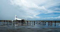 Typhoon Haiyan: Displacement grows as survivors move for aid; delivery gains pace