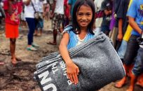 UNHCR relief focus on area near typhoon-hit Tacloban, more aid coming in by air