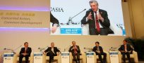 UN refugee chief connects with Chinese companies at Boao Forum