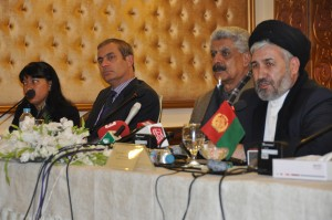 Afghanistan, Pakistan and UNHCR agree on adopting new approaches to assist the voluntary return of Afghans from Pakistan
