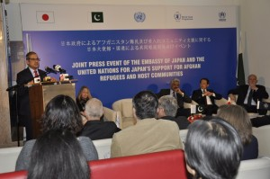 The Acting UN Resident & Humanitarian Coordinator Mr. Indrika Ratwatte, speaking during the event in Islamabad. UNHCR Assistant Representative (Protection) Ms. Tracey Maulfair, Federal Minister for States & Frontier Regions Lt. General. (Retired) Abdul Quadir Baloch, Ambassador of Japan to Pakistan, H.E. Mr. Takashi Kurai and WFP country Director & Representative Mr. Finbarr Curran also present at the occasion. (c) UNHCR/Asif Shahzad