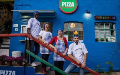 First Pizzeria run by refugees opens in Serbia