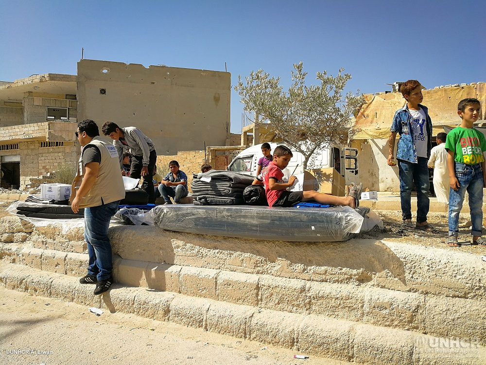 UNHCR provides relief aid to new returnees in northern Rural-Hama