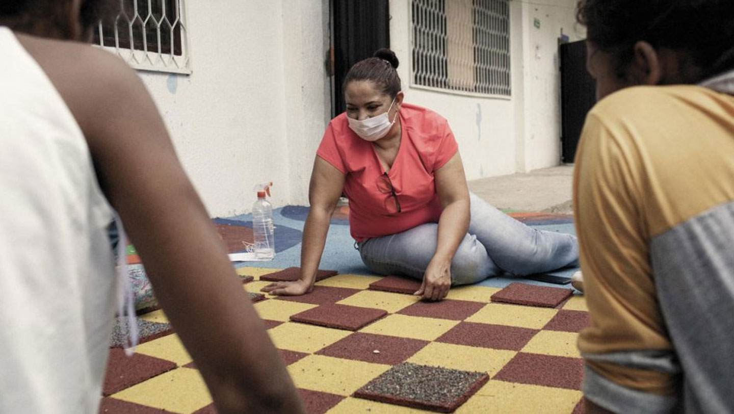 The Fundación Renacer lends a helping hand to survivors of sexual violence, like this little girl. © UNHCR/Nicolo Filippo Rosso