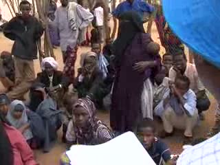 UN High Commissioner Visits Somalis in Kenya