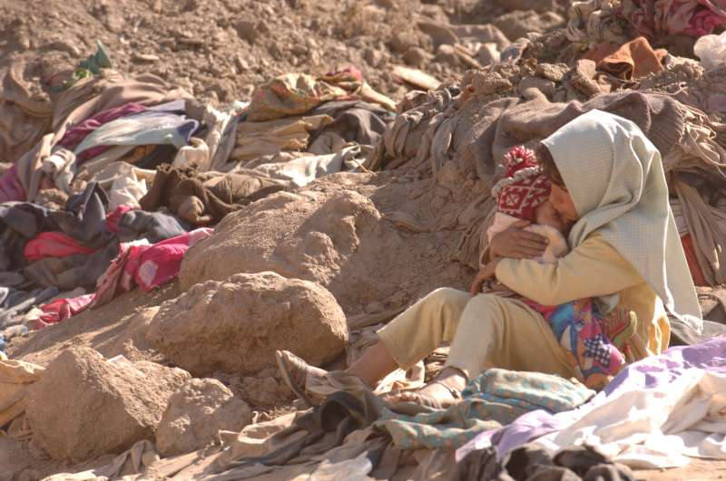 Pakistan / earthquake disaster / 1. A little girl holds her baby […]