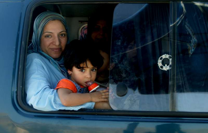 A Lebanese family on their way home from Syria five hours after […]