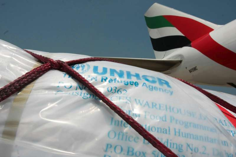 The first UNHCR emergency airlift flight for Sri Lanka arrives in Colombo.