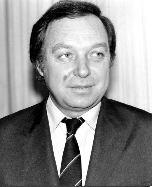 Mr Jean-Pierre Hocke, UN High Commissioner for Refugees 1986 -  1989