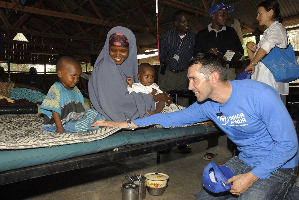 Jesús Vázquez visits the hospital at Dagahaley camp, Dadaab, Kenya.