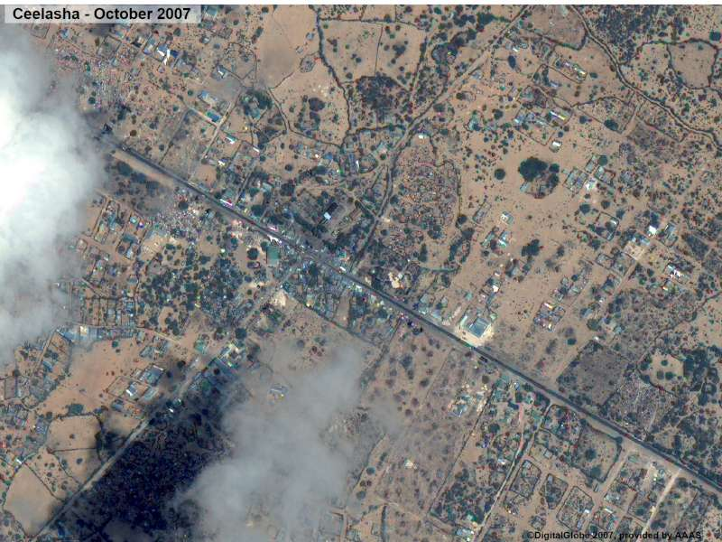 Before: Afgooye corridor - satellite images of the Ceelasha area in October 2007.
