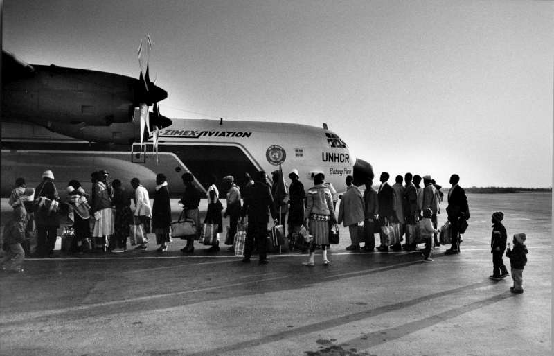 After more than 15 years in exile, an estimated 41,000 refugees from Namibia returned home in 1989, including these civilians leaving Lubango in Angola.