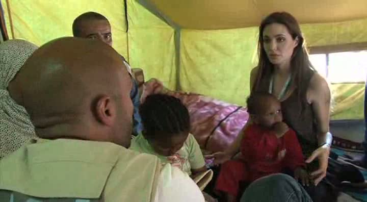 Tunisia: Angelina Jolie on the Libya Border