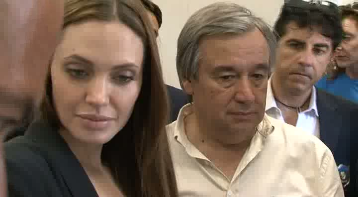 Italy: Jolie and Guterres visit Lampedusa