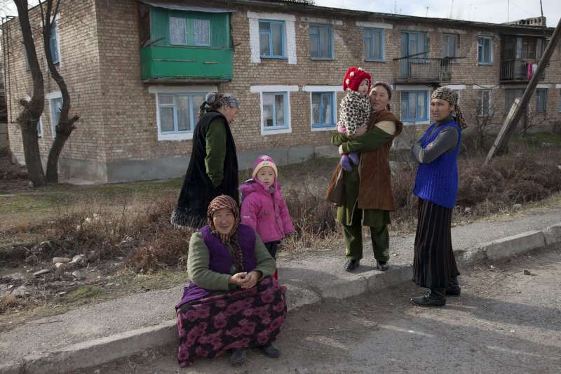 These stateless women in the Chui region of Kyrgyzstan are originally from Tajikistan, but for various reasons they have lost their Tajik citizenship. Getting Kyrgyz citizenship is a long, complicated process involving multiple visits to government offices. Most stateless people cannot afford to miss a day's wages, let alone spend money on travel and lawyers. Moreover, many of the stateless are illiterate, which makes gathering documents and filling in forms difficult.