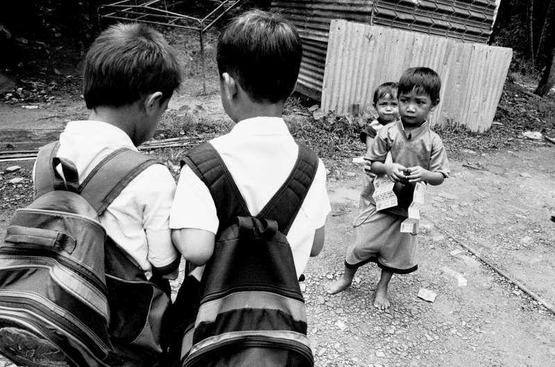 A slum 40 kilometres from Kota Kinabalu is filled with stateless youngsters. Children who possess the right documents are able to attend private schools and some public primary schools. Those who don't are shut out of most public programmes.