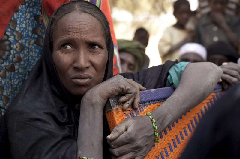 A Malian refugee woman in Mangaizé, northern Niger, anxiously […]