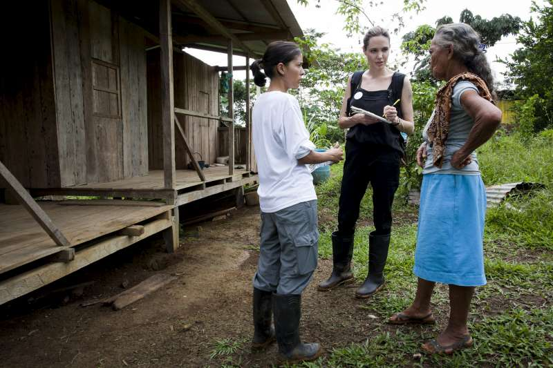 UNHCR Special Envoy Angelina Jolie meets 71-year-old Gerardina in the village of Barranca Bermeja, a remote refugee community on the banks of the San Miguel River, which marks Ecuador's border with Colombia.