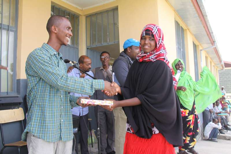 UNHCR - UN education investment scores high marks for Somali
