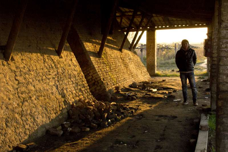 A young Afghan man waits in an abandoned brick factory in Subotica, […]