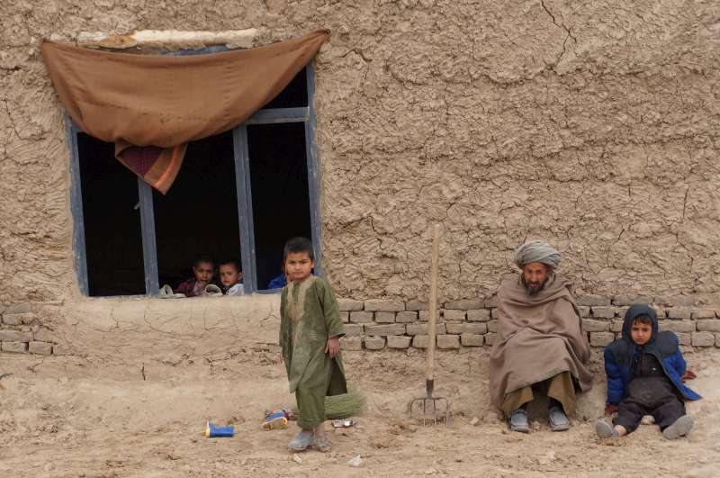 ECHO-funded UNHCR shelter project helps displaced Afghans rebuild